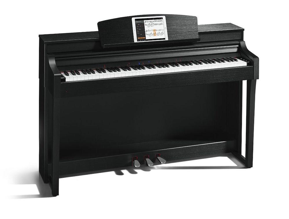 Chytrý klavír od Yamahy vás dokáže naučit hrát na hudební nástroj