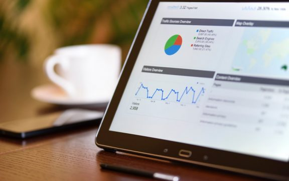 Marketing · Google Ads umožní malým podnikům sledovat chování zákazníků  online i offline 10017cfa45b