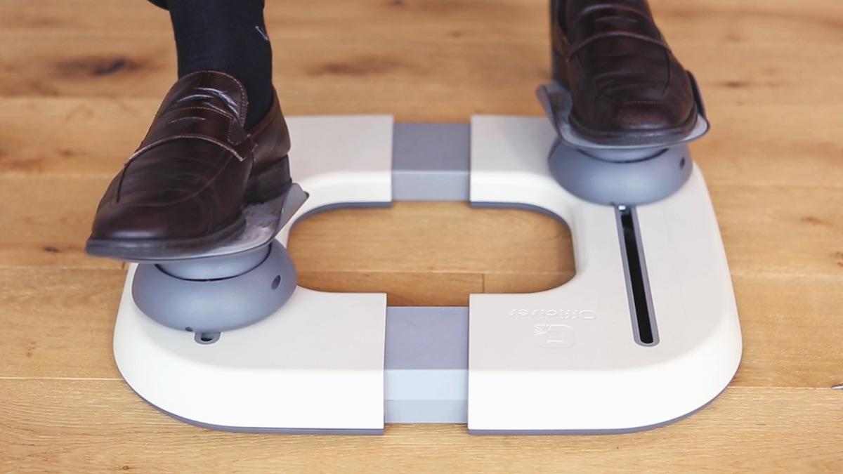 Fitness nástroj Officiser umožňuje pohyb u pracovního stolu