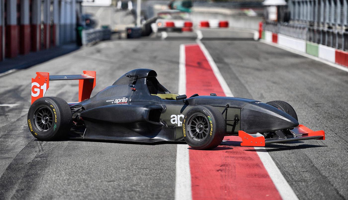 Chytrá závodní formule G1 může přinést revoluci v motosportu