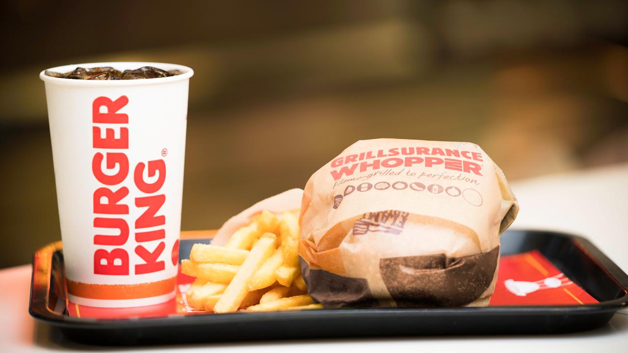Burger King nabízí pojištění, které zajistí přísun Whopperů během letního zákazu grilování