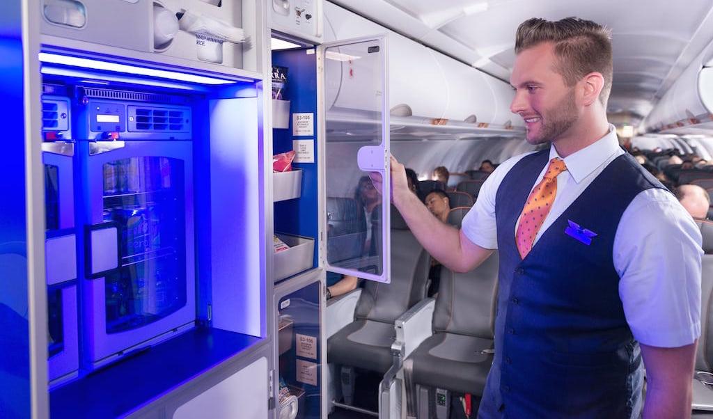 Letecké společnosti JetBlue a EasyJet používají algoritmy k navrhování jídel pro cestující