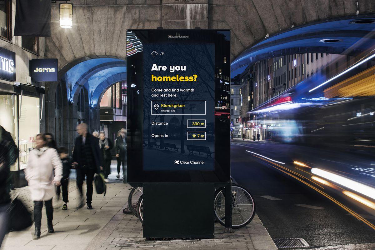 Digitální billboardy pomáhájí bezdomovcům najít nejbližší přístřeší