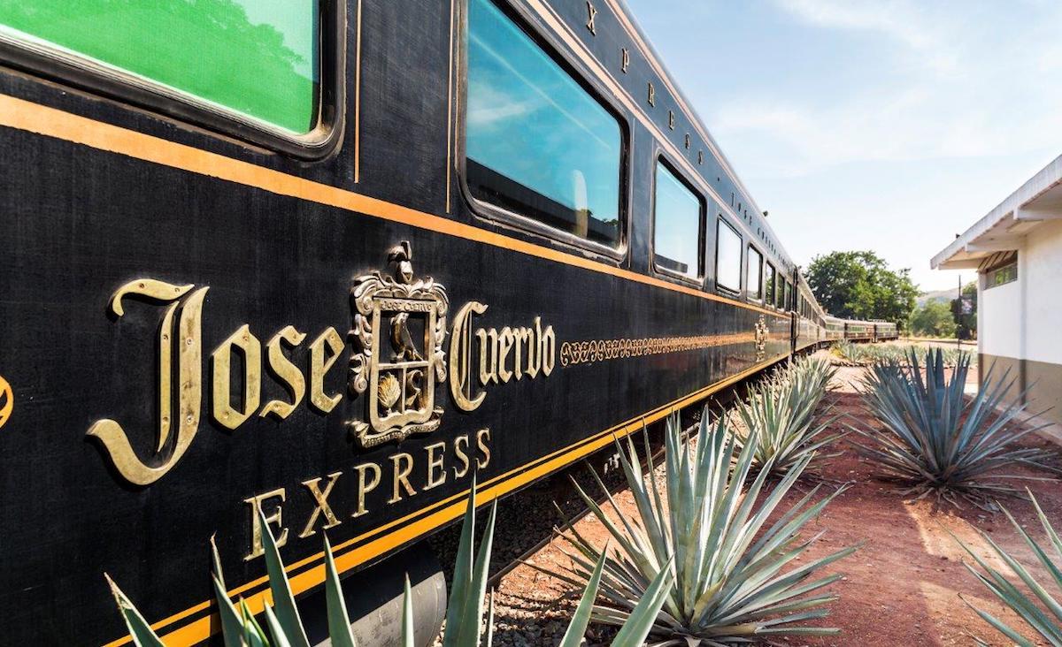 Jose Cuervo nabízí vlakový zážitek, kde můžete vypít kolik tequily zvládnete