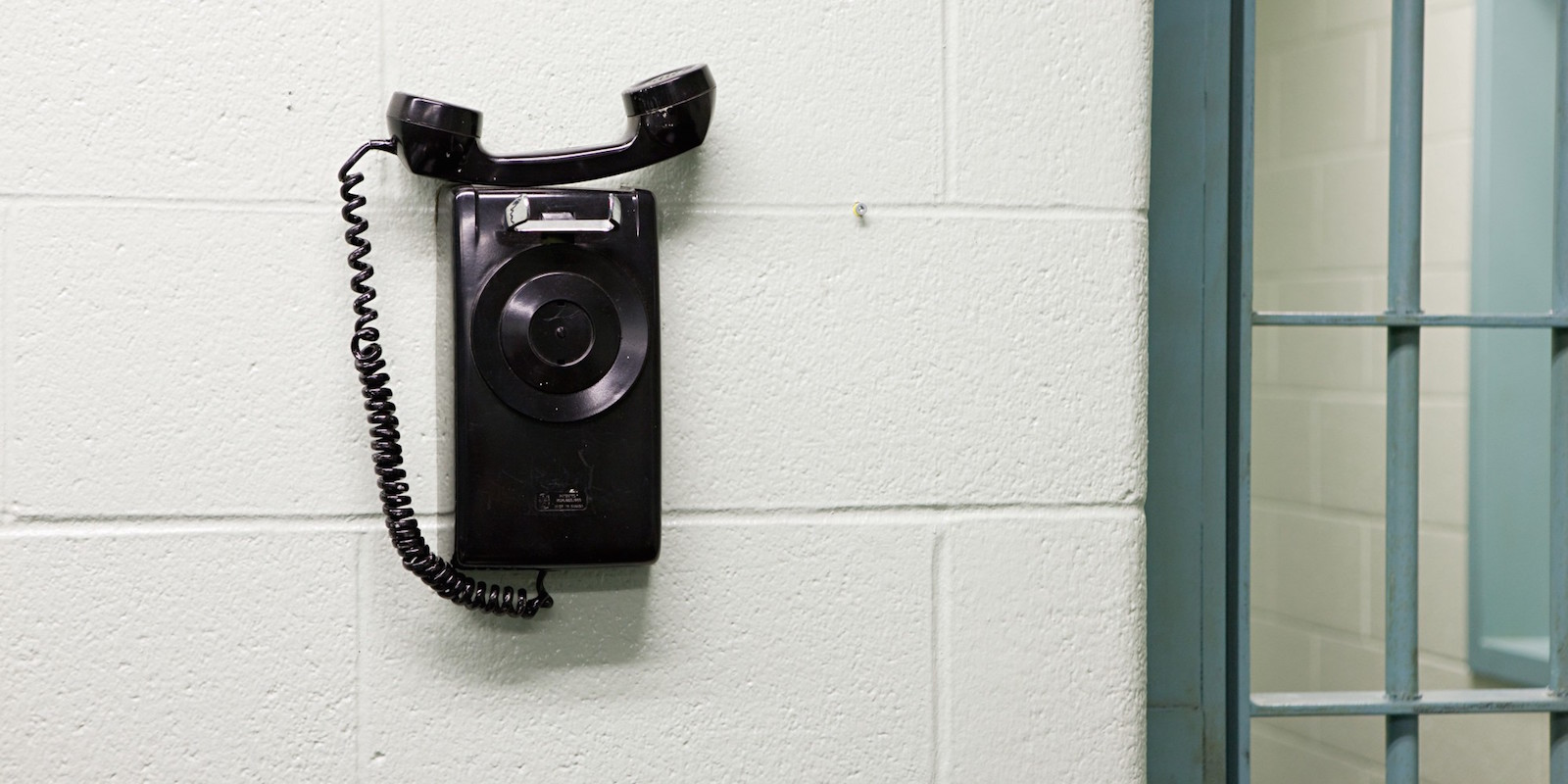 Komunikační aplikace pomáhají vězňům zůstat v kontaktu s rodinou a přáteli