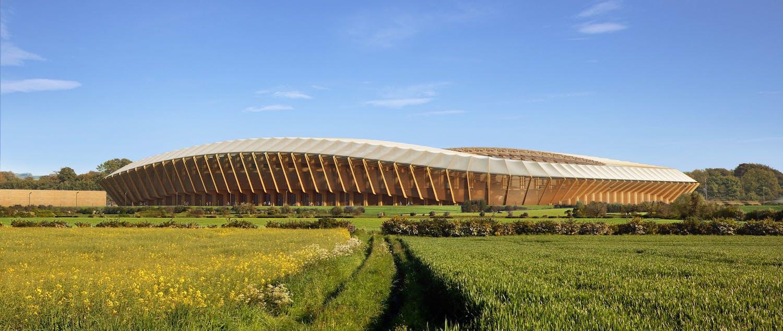 Uhlíkově neutrální fotbalový klub Forest Green Rovers staví celodřevěný stadion