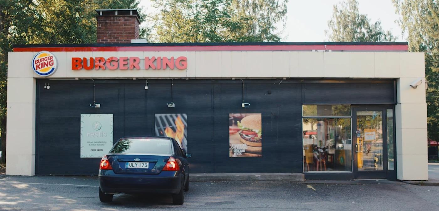 Stydliví Finové si mohou objednat Burger King bez mluvení