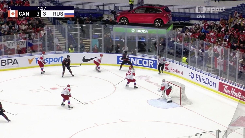 Škoda Auto využila rozšířenou realitu k umístění svých vozů do hokejového zápasu